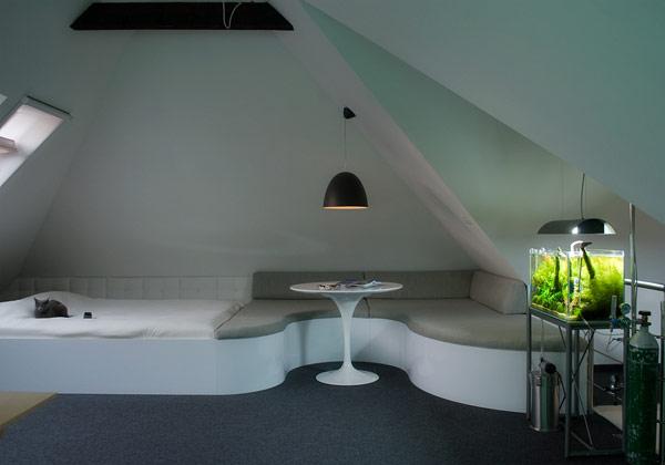 mansardare dormitor design